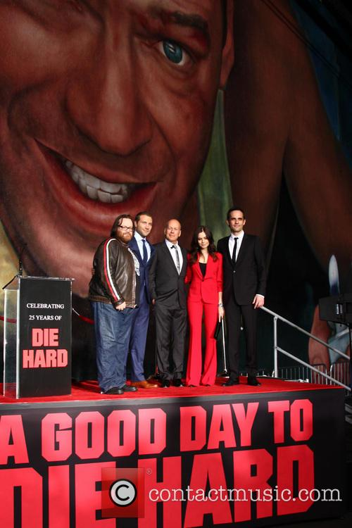 (l-r) John Moore, Jai Courtney, Bruce Willis, Yuliya Snigir and Radivoje Bukvic 3