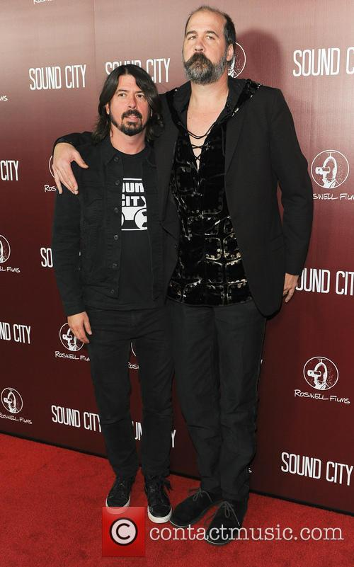 Dave Grohl and Krist Novoselic 3