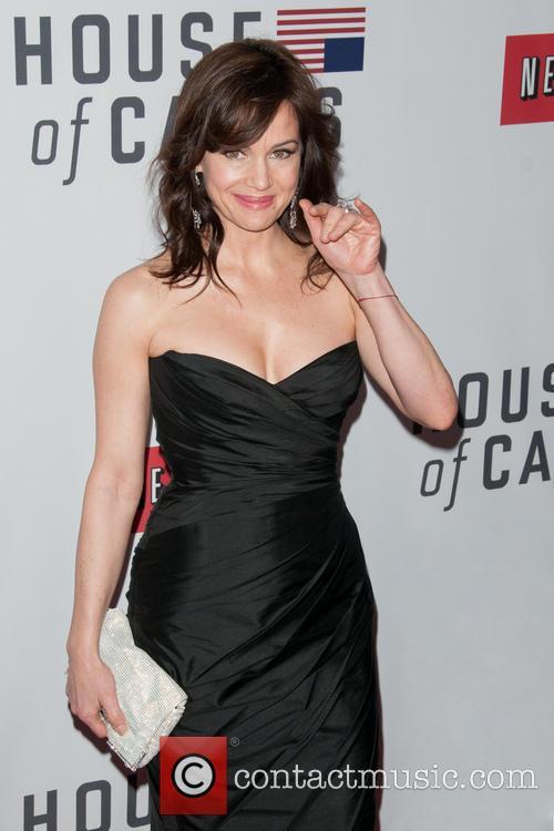 Carla Gugino 3