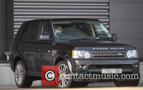 Niall Horan arrives for rehearsal