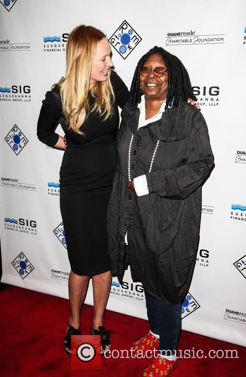 Uma Thurman and Whoopi Goldberg 5