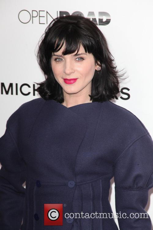 Michele Hicks, AMC Lincoln Loews Theater Lincoln Square NYC