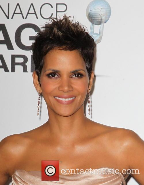 halle berry 44th naacp image awards 3483433