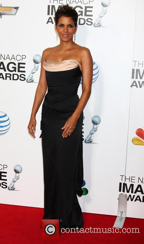 halle berry 44th naacp image awards 3480355