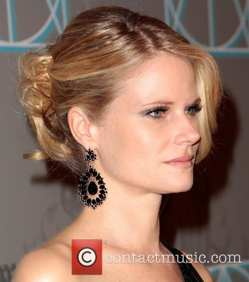 Joelle Carter (earring and Hair Detail) 3