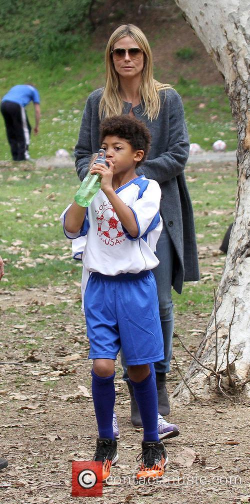 heidi klum henry samuel heidi klum and family soccer 3479737