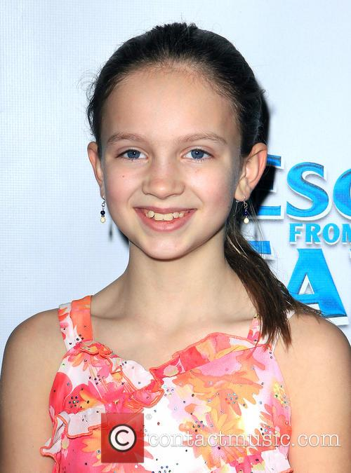 samantha van wicklin escape from planet earth premiere 3481132