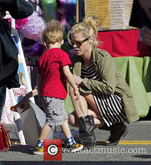 Julie Bowen and Gustav Phillips 7