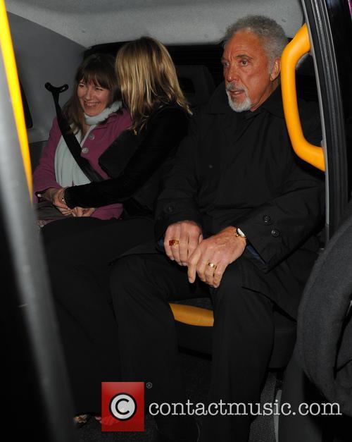 Kate Moss and Tom Jones 4