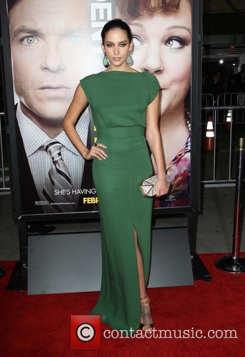 genesis rodriguez los angeles premiere of 'identity thief' 3482281