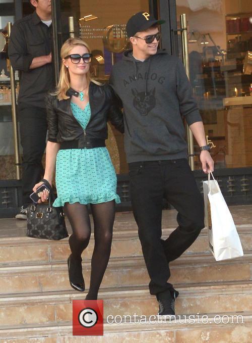 Paris Hilton and River Viiperi 3