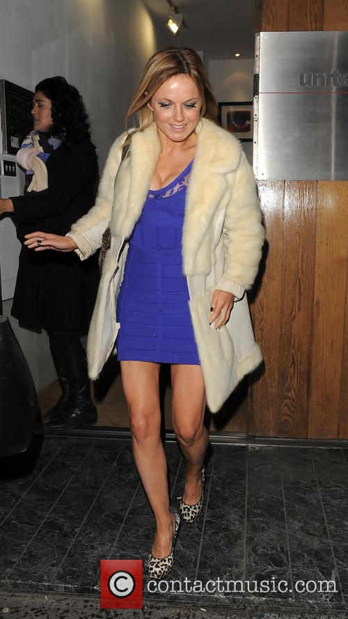 geri halliwell geri halliwell leaving a office building 3483589