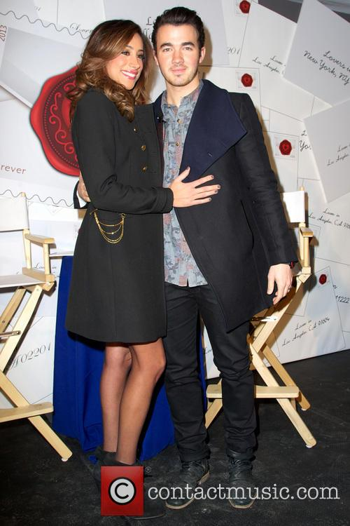 Kevin Jonas and Danielle Jonas 11