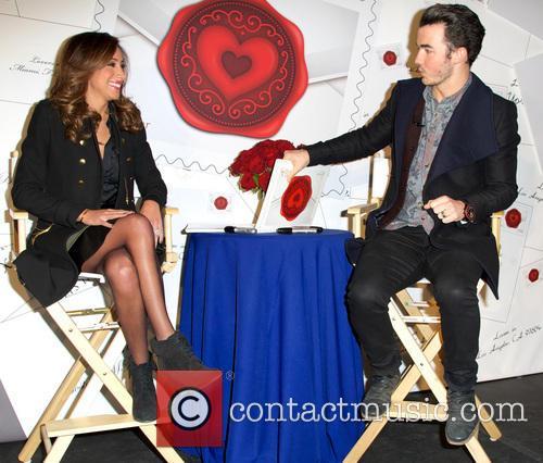 Kevin Jonas and Danielle Jonas 5
