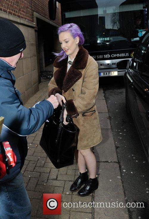 Perrie Edwards 7