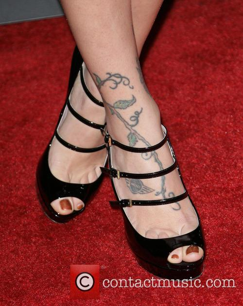 christina perri premiere of relativity media's 'safe haven' 3484660