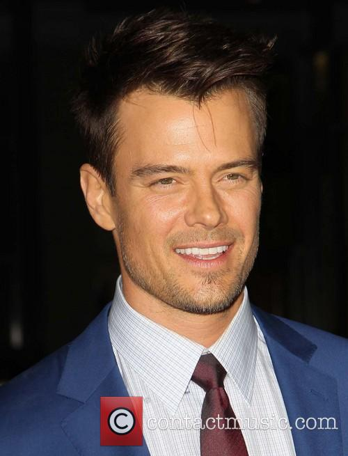 josh duhamel premiere of relativity media's 'safe haven' 3488221