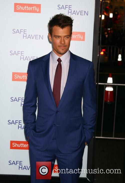 Safe Haven, Tcl Chinese Theatre and Red Carpet 2