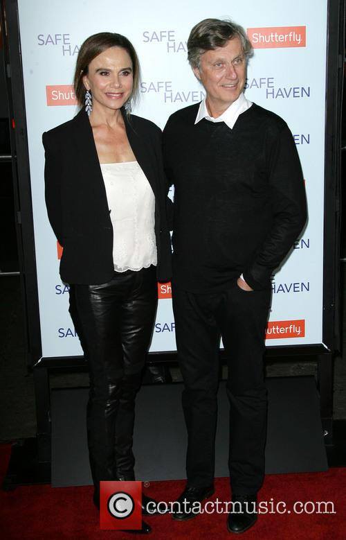 Lena Olin and Director Lasse Hallstrom 5