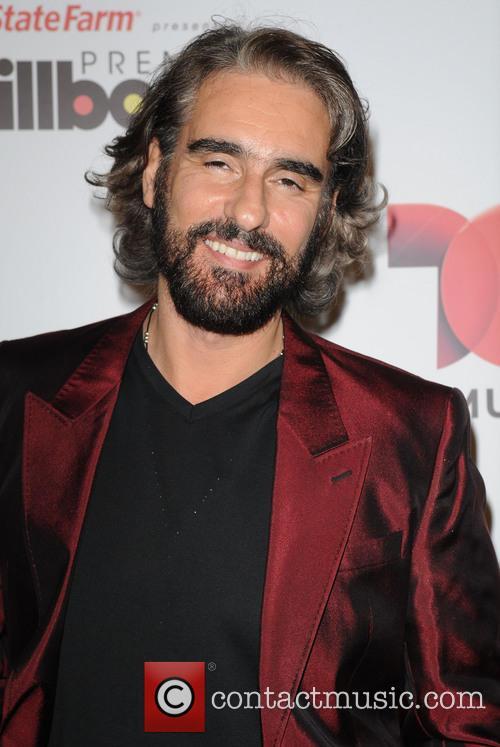 Miguel Varoni and Billboard 3