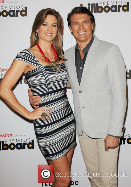 Juan Soler and Sonya Smith 4