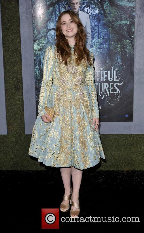 Alice Englert 4