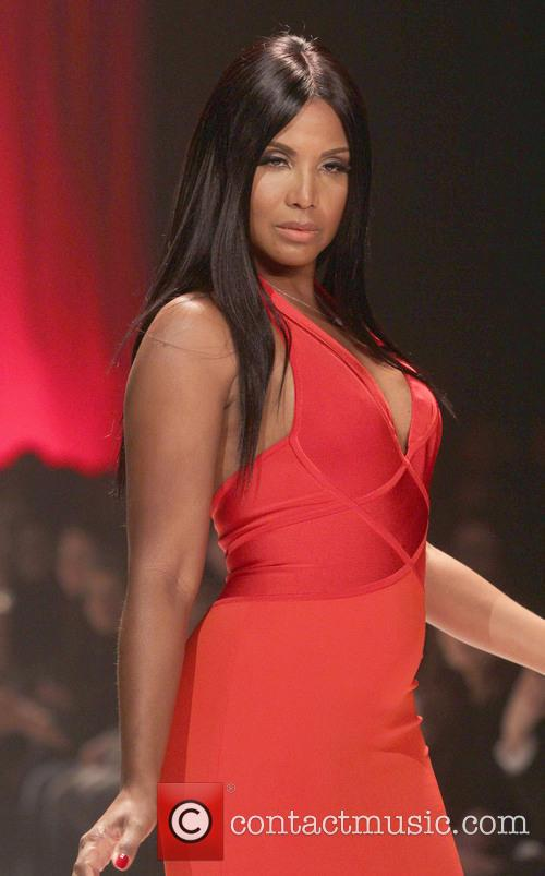toni braxton the red dress collection event 3486839