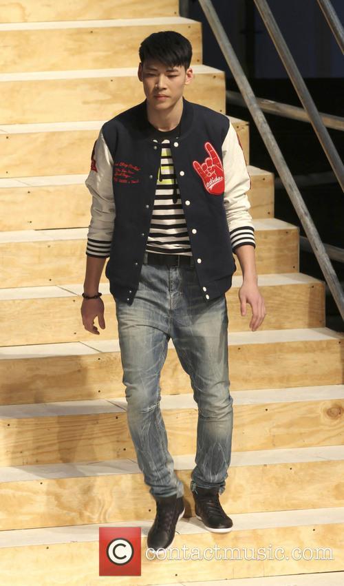 model selena gomez hosts adidas neo catwalk show 3486287