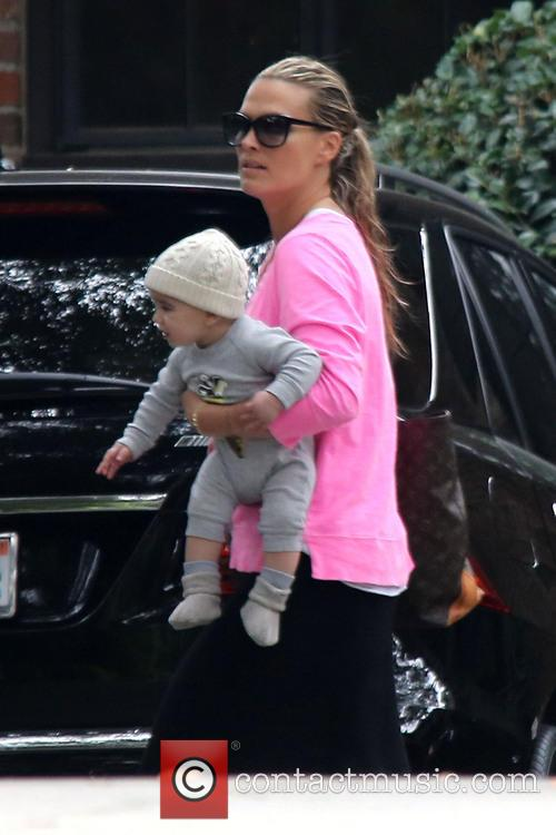 Molly Sims and Brooks Stuber 5