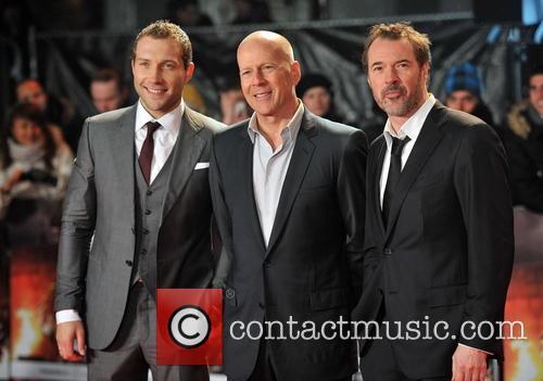 Jai Courtney, Bruce Willis and Sebastian Koch 3
