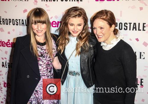 Amy Astley, Chloe Grace Moretz and Julianne Moore 8
