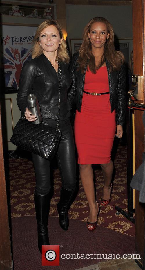 Melanie Brown and Geri Halliwell 32