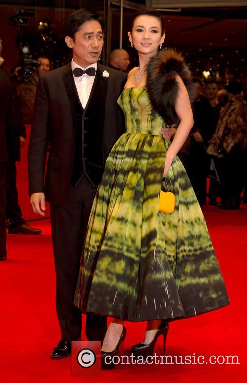 Tony Leung Chiu Wai and Zhang Ziyi (r)