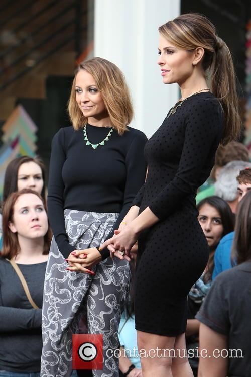 Nicole Richie and Maria Menounos 5