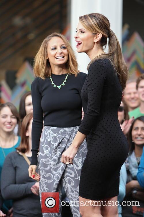 Nicole Richie and Maria Menounos 14