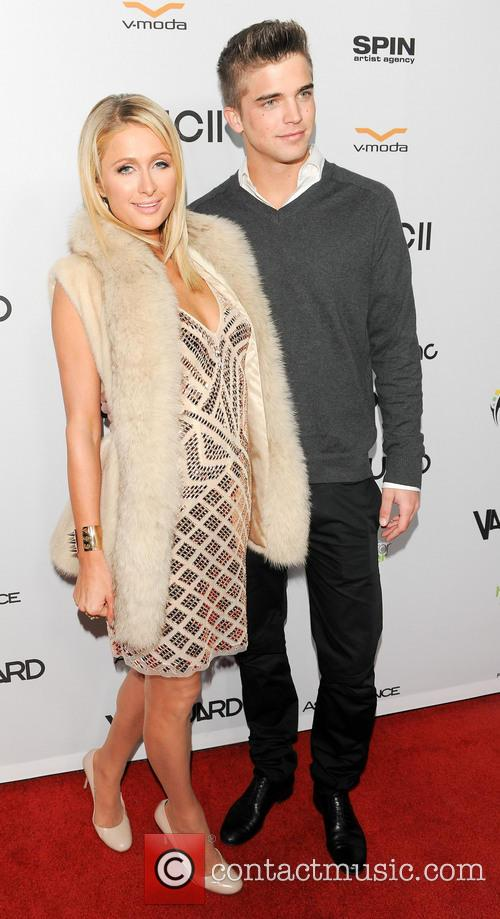 Paris Hilton and River Viiperi 7