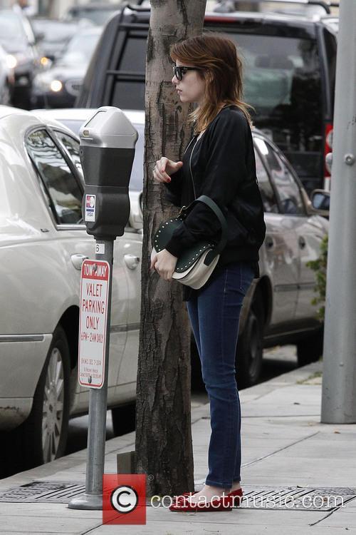 Emma Roberts 27