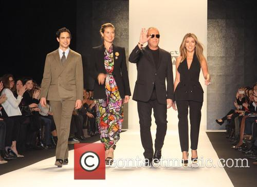 Zac Posen, Heidi Klum, Michael Kors and Nina Garcia 10