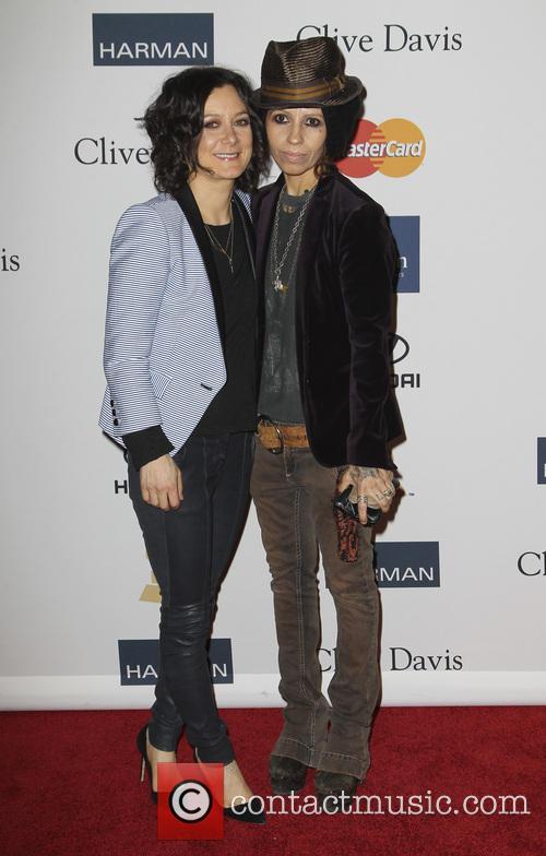 Sara Gilbert and Linda Perry 2