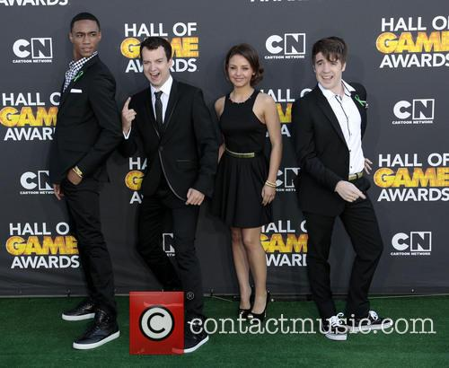 (l-r) Actors Jessie Usher, Gaelan Connell, Aimee Carrero and Con