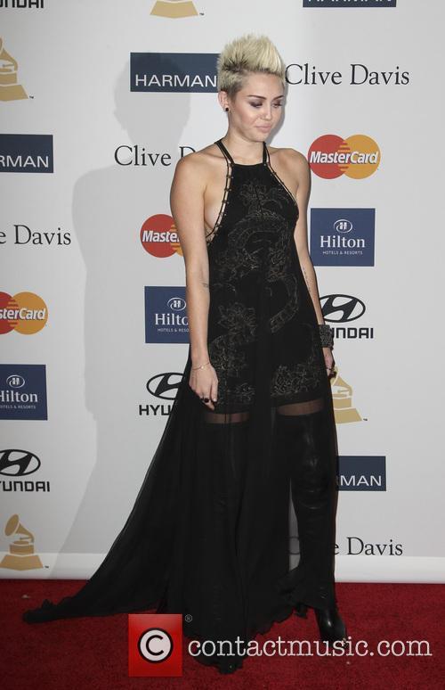 Miley Cyrus 18