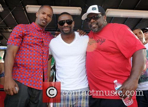 Jamie Foxx, Cedric The Entertainer and Dj Irie 11