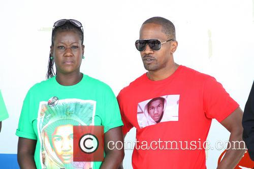 Jamie Foxx and Sybrina Fulton 1