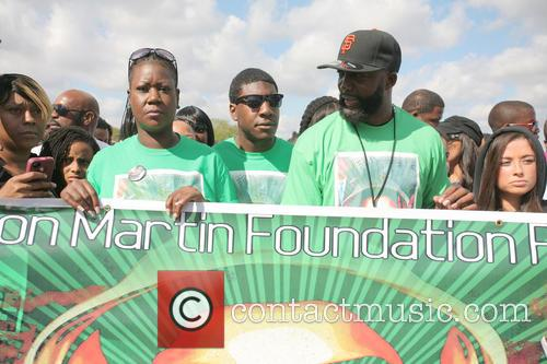 Peace, Sybrina Fulton, Tracy Martin and Jahvaris Fulton 3