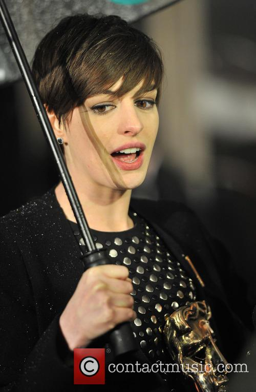 anne hathaway baftas afterparty 3495389