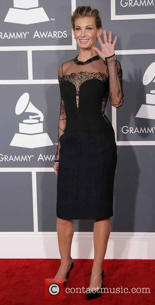 Faith Hill's Braces, Grammy Awards 2013