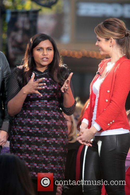 Mindy Kaling and Maria Menounos 7