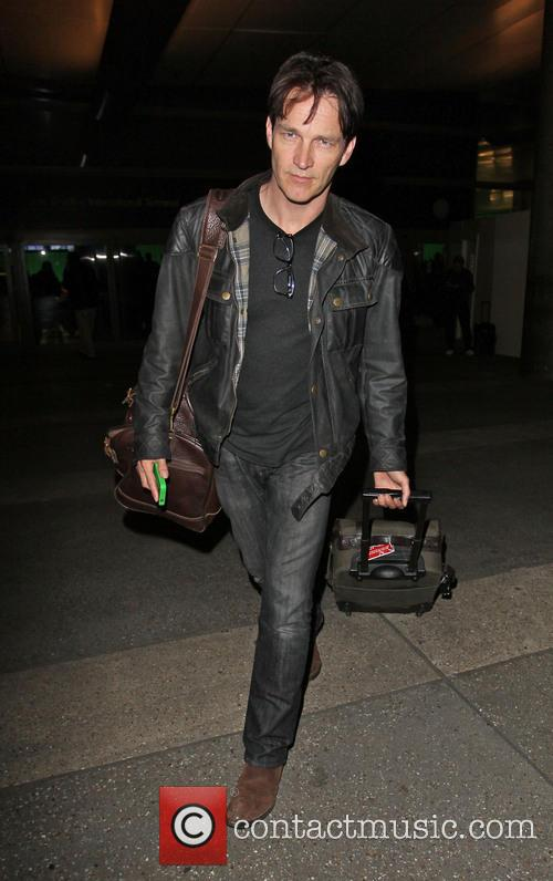 stephen moyer celebrities arriving at lax airport 3499620