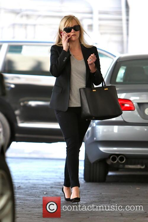 reese witherspoon reese witherspoon in beverly hills 3498710