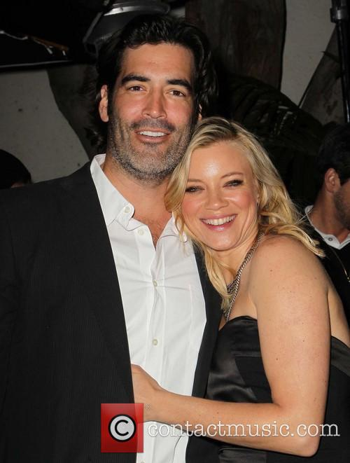Amy Smart and Carter Oosterhouse 6